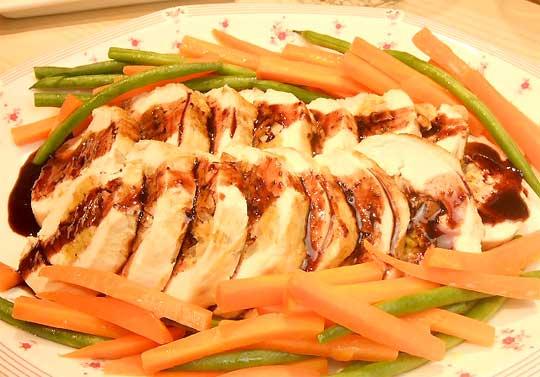 はちみつを使ったアイデアいろいろ鶏むね肉のオーブン焼き、ワインとはちみつのソース1