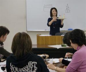 NHK文化センター栄チーズとはちみつの講座100227e