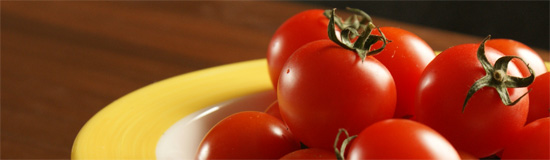 はちみつレシピ:ユーカリはちみつアイアン・バークで作るトマトと豚肉のカレー1